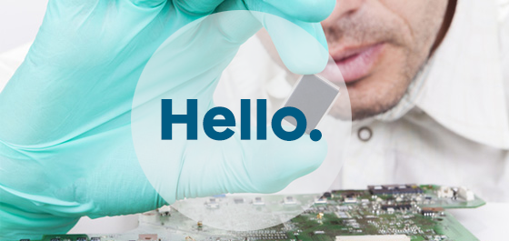 Man_holding_component_banner_hello